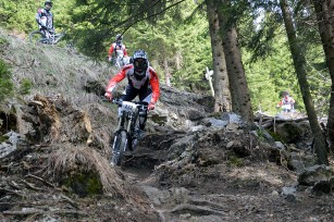 Foto auf MTB Downhill Nationalteam testet Schöckl Trail Area
